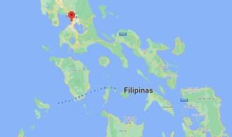As Filipinas, um arquipélago de mais de 7.600 ilhas, é atingido por cerca de 20 tempestades ou tufões anualmente, trazendo fortes chuvas que provocam deslizamentos de terra