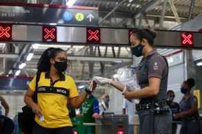À CNN Rádio, Alexandre Naime afirmou que a não-obrigatoriedade das máscaras depende da análise de quatro variáveis