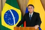 Bolsonaro promete ajuda a caminhoneiros autônomos 'para compensar aumento do diesel'