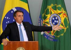 STF prorroga investigação contra Bolsonaro por vazamento de inquérito da PF