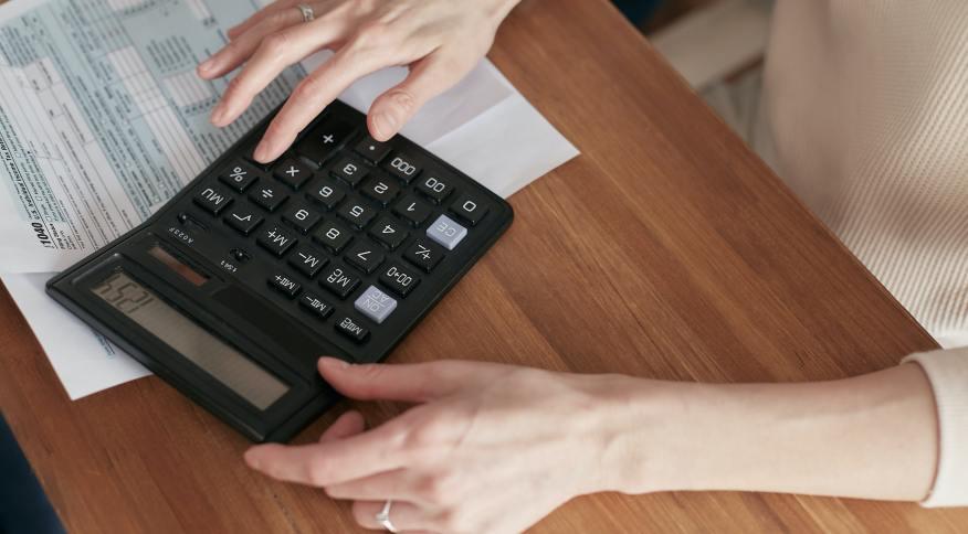 Calculadora; contas; dívidas