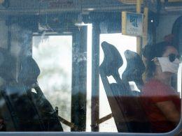 Segundo o Boletim Observatório Covid-19 da instituição, é fundamental que as pessoas continuem mantendo o distanciamento e continuem com o uso de máscaras