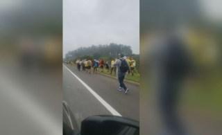 Pessoas foram vítimas de um atropelamento na Rodovia Presidente Dutra