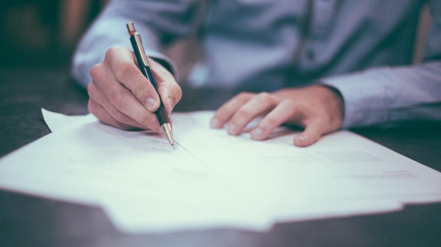 Contrato, assinatura