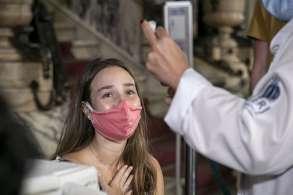 O total de imunizados com duas doses ou dose única (Janssen) é de 100.357.628 segundo levantamento realizado pela Agência CNN