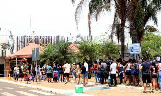 Dia das Crianças levou a uma grande concentração de pessoas, e zoológico já tinha atingido limite de ocupação