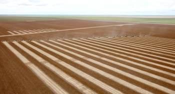 """País comandado por Aleksandr Lukashenko, o """"último ditador da Europa"""", é um dos maiores exportadores de fertilizantes do mundo"""