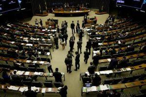 É melhor que reformas sejam feitas no começo dos governos, diz economista