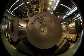 O preço dos futuros do alumíniona Bolsa de Metais de Londres subiu 1,8% para US $ 2.775,50 por tonelada métrica nesta segunda-feira