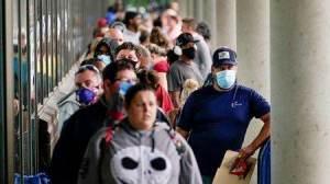 Pandemia, economia e eleição estimulam debate no governo sobre prorrogar auxílio