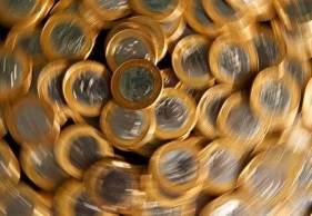 À CNN, Romero Oliveira, da Valor Investimentos, diz como os investidores podem se proteger da alta projeção para a inflação