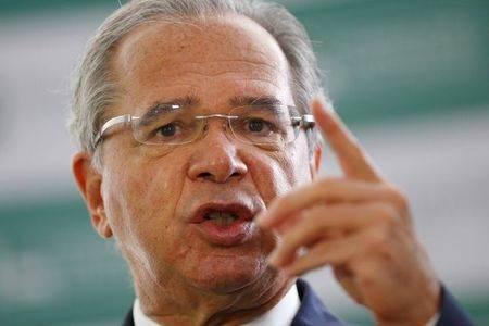 Guedes pede compreensão do STF em decisões com impacto sobre contas públicas