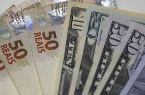 Luiz Fernando Figueiredo disse à CNN que o mercado financeiro está refletindo o peso da crise institucional no Brasil