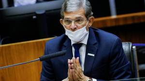 Waack: Presidente da Petrobras teve que reiterar o óbvio após crítica de Bolsonaro