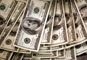 Moeda norte-americana encerrou o dia com queda de 0,38%, a R$ 5,237