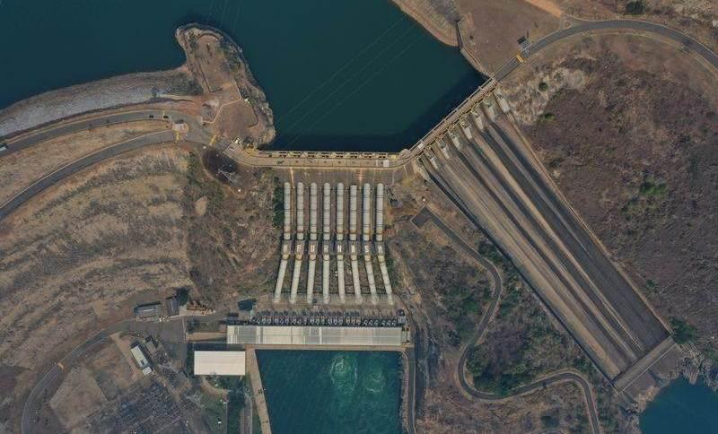 Hidrelétrica de Furnas em São José da Barra (MG)