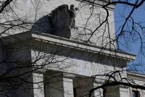 """Embora reconheça que o novo surto da pandemia desacelerou a recuperação, indicadores em geral """"continuam a se fortalecer"""", disse o Fed em comunicado unânime"""