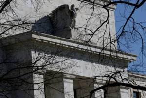 Fed sinaliza redução de estímulos 'em breve'; alta de juros passa para 2022