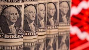 Dólar supera R$ 5,40 em linha com exterior e incerteza fiscal doméstica