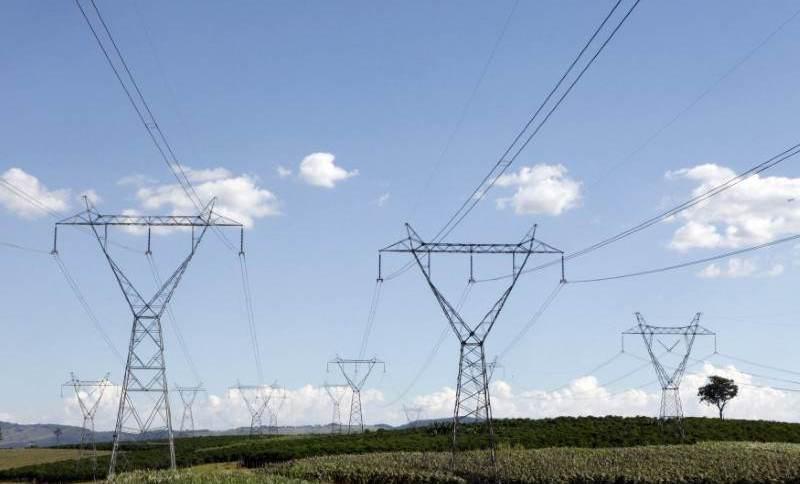 Linhas de transmissão de energia em Santo Antonio do Jardim