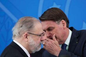 Procurador-geral da República, no entanto, não apresentou nenhuma denúncia contra Bolsonaro até hoje