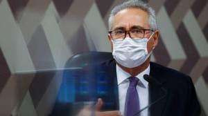 """""""A partir de quinta estarei em condições de ler relatório final da CPI"""", diz Renan à CNN"""