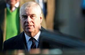 Príncipe Andrew é processado por abuso sexual, enquanto fundação de caridade do príncipe Charles é acusada de tráfico de influência