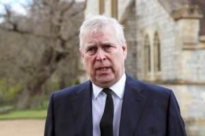 Príncipe Andrew recebe intimação de processo por abuso sexual de menor de idade