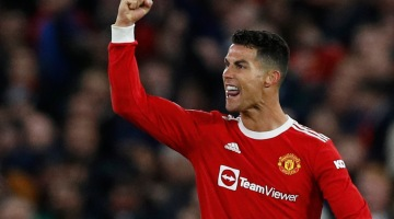 Cristiano Ronaldo, do Manchester United, comemora gol contra o Atalanta