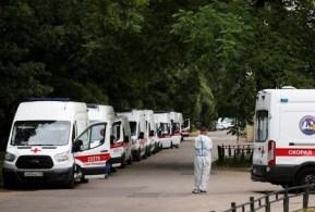 O país relatou 18.645 novas infecções nas últimas 24 horas e 793 mortes