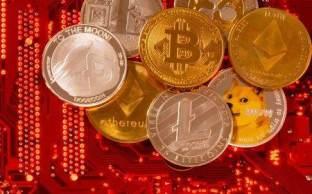Roberta Antunes, diretora de desenvolvimento da Hashdex, recomenda que iniciantes em criptoativos comecem por fundos de investimentos regularizados