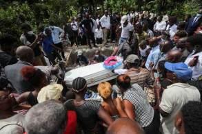 Terremoto atingiu o Haiti em meio a um período de extrema agitação política após o assassinato do presidente Jovenel Moise no mês passado