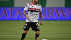 São Paulo oficializa acordo para saída de Daniel Alves