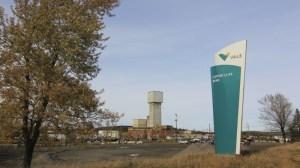 Primeiro dos 39 mineiros presos em mina no Canadá é resgatado