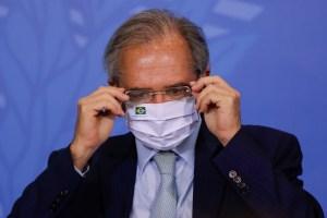 Guedes: governo avalia licença de R$ 30 bi fora do teto para bancar Bolsa Família