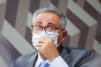 Relatório pedirá indiciamento de Bolsonaro por Manaus, Prevent Senior e indígenas, diz Renan