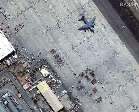 EUA e voos de coalizão retiraram 21.600 pessoas de Cabul em 24 horas