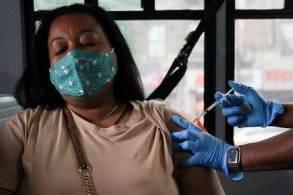 País aplicou 198,4 milhões de doses de vacinas contra a Covid-19; são 93,72 doses aplicadas a cada 100 habitantes