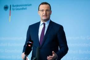 As regras de quarentena, que serão implementadas nos 16 estados do país, começarão a valer em 11 de outubro no mais tardar, disse o ministro