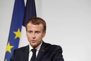Presidente francês disse que essas condições devem incluir igualdade para as mulheres, acesso para operações humanitárias estrangeiras e a não cooperação com grupos terroristas islâmicos