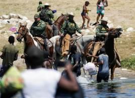 Mais de 10 mil migrantes do Haiti foram para a fronteira dos Estados Unidos em Del Rio, Texas, esta semana
