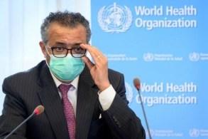 Tedros Adhanom, da OMS, lembra que maioria dos profissionais de saúde na África não foram vacinados
